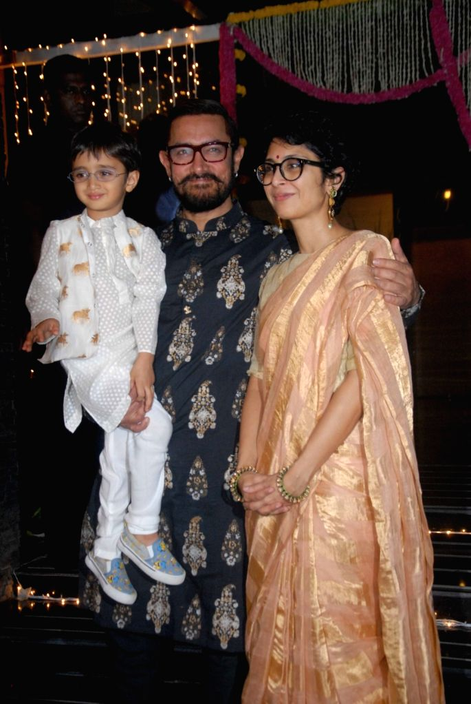 Actor Aamir Khan along with his wife Kiran Rao and son Azad Rao Khan during Diwali celebration in Mumbai, on Oct 30, 2016.. - Aamir Khan, Kiran Rao and Azad Rao Khan