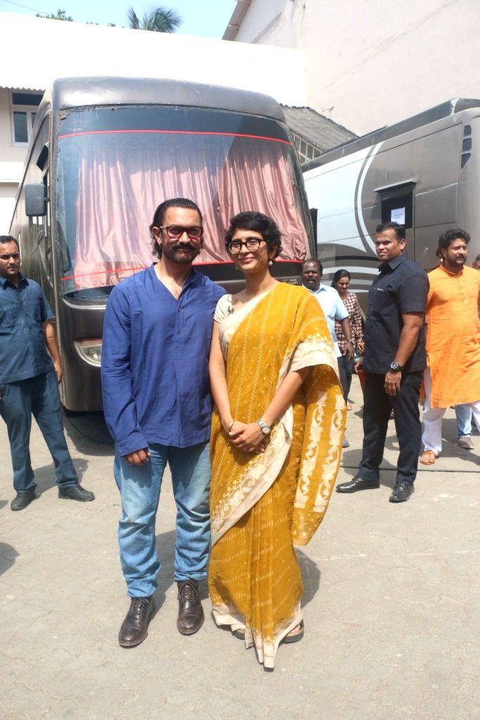 Actor Aamir Khan along with his wife Kiran Rao seen at a Bandra studio in Mumbai on May 24, 2018. - Aamir Khan and Kiran Rao