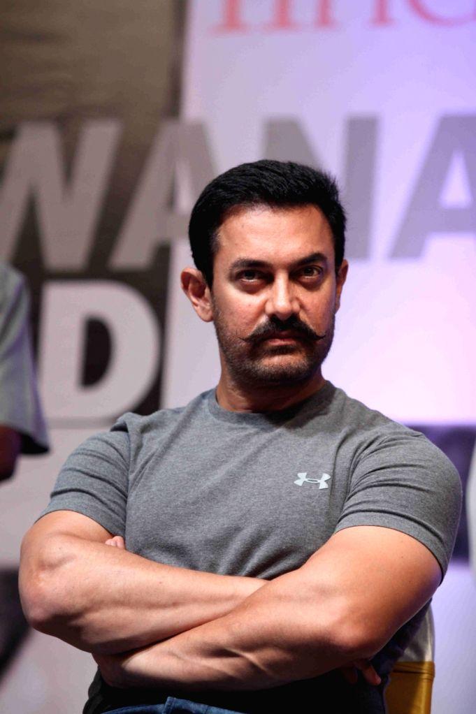 Actor Aamir Khan during Hridaynath Award 2016, in Mumbai, on April 12, 2016. - Aamir Khan