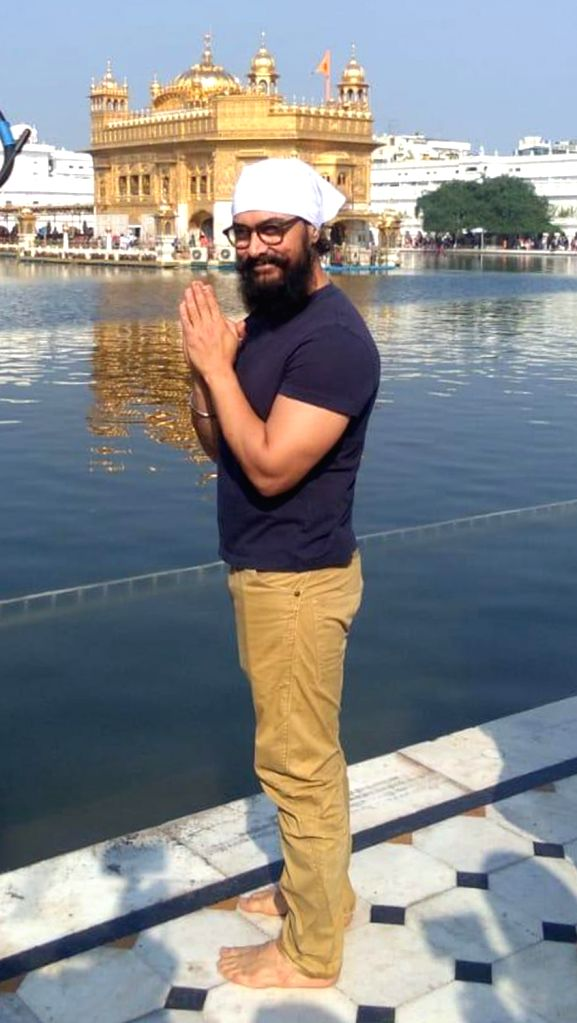 Actor Aamir Khan pays obeisance at the Golden Temple in Amritsar on Nov 30, 2019. - Aamir Khan