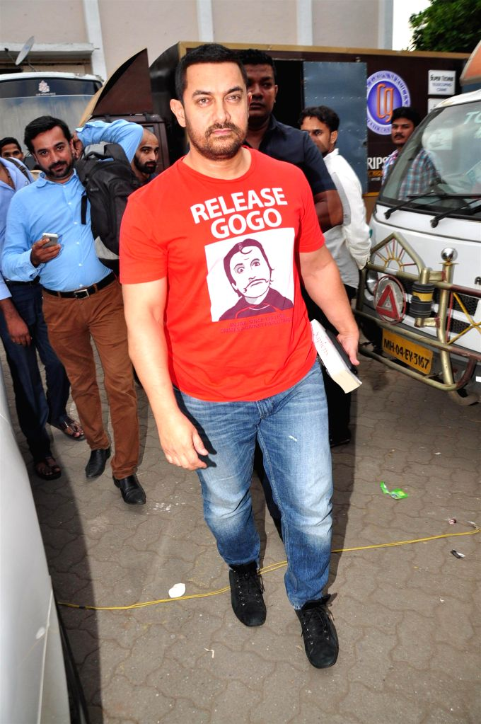 Actor Aamir Khan spotted in Bandra in Mumbai, on Aug 20, 2015. - Aamir Khan