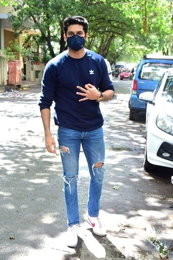 Actor Abhimanyu Dasani seen at Andheri in Mumbai on Sep 12, 2020. - Abhimanyu Dasani