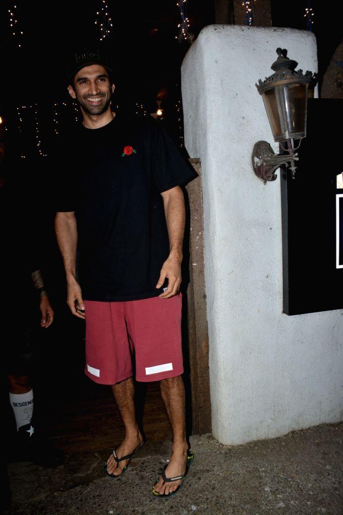 Actor Aditya Roy Kapoor seen outside a salon in Mumbai on March 5, 2019. - Aditya Roy Kapoor