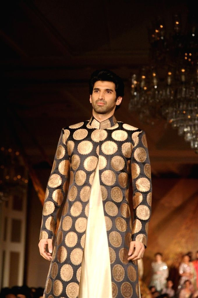 Actor Aditya Roy Kapur during the fashion show by designer Manish Malhotra in Mumbai, on January 14, 2016. Manish named the collection as The Regal Threads. - Aditya Roy Kapur