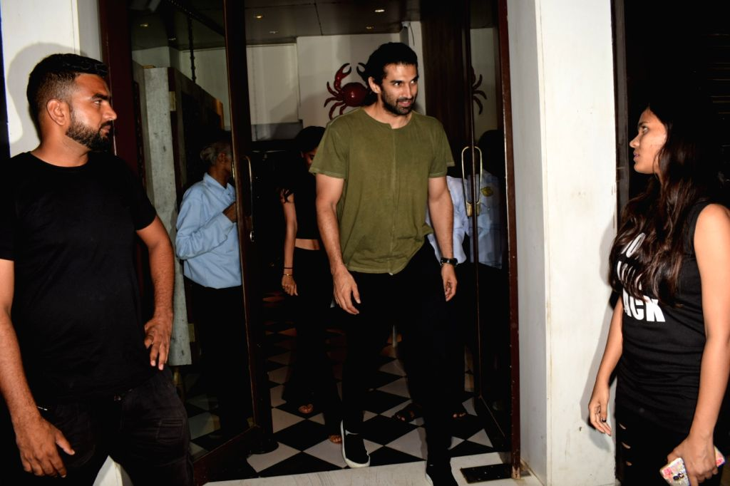 Actor Aditya Roy Kapur seen at Mumbai's Bandra on April 5, 2018. - Aditya Roy Kapur