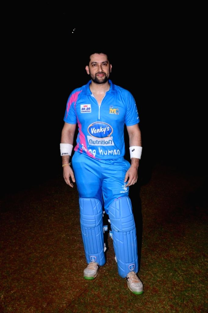 Actor Aftab Shivadasani during Celebrity Cricket League Match in Mumbai on April 3, 2018. - Aftab Shivadasani