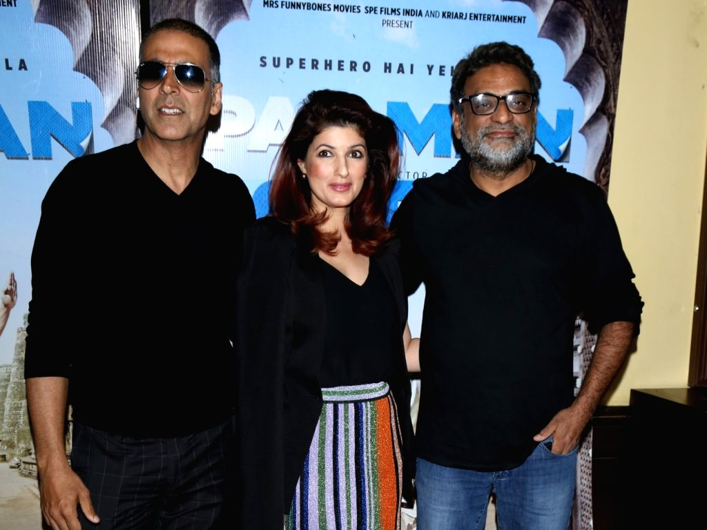 """Actor Akshay Kumar along with his wife Twinkle Khanna and filmmaker R Balki during a press conference to promote their upcoming film """"Pad Man"""" in New Delhi on Feb 5, 2018. - Akshay Kumar and Khanna"""