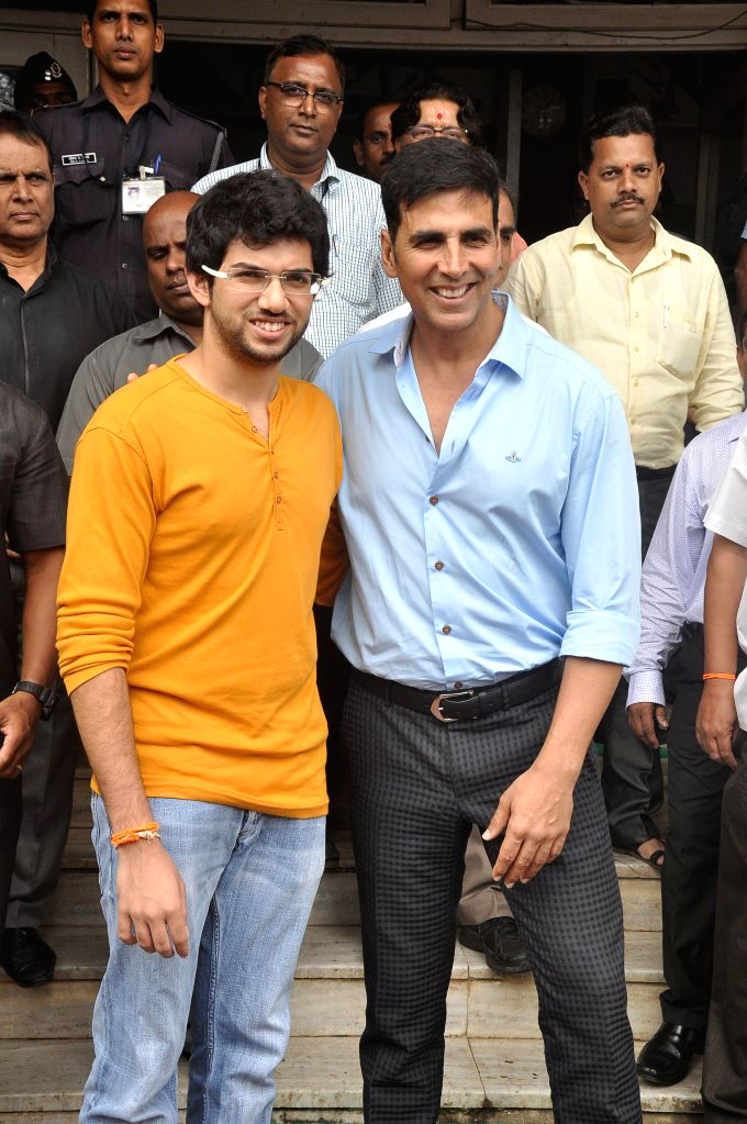 Actor Akshay Kumar and Shiv Sena Youth Wing Chief Aditya Thackeray during the function organised to present the certificate on completion of the first batch of Women Safety Defense Centre (WSDC) in .. - Akshay Kumar