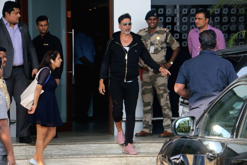 Actor Akshay Kumar seen at Mumbai's airport on Jan 3, 2019. - Akshay Kumar