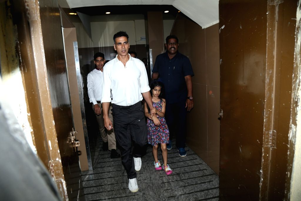 Actor Akshay Kumar with his daughter Nitara Kumar seen at Juhu in Mumbai on Nov 7, 2019. - Akshay Kumar and Nitara Kumar