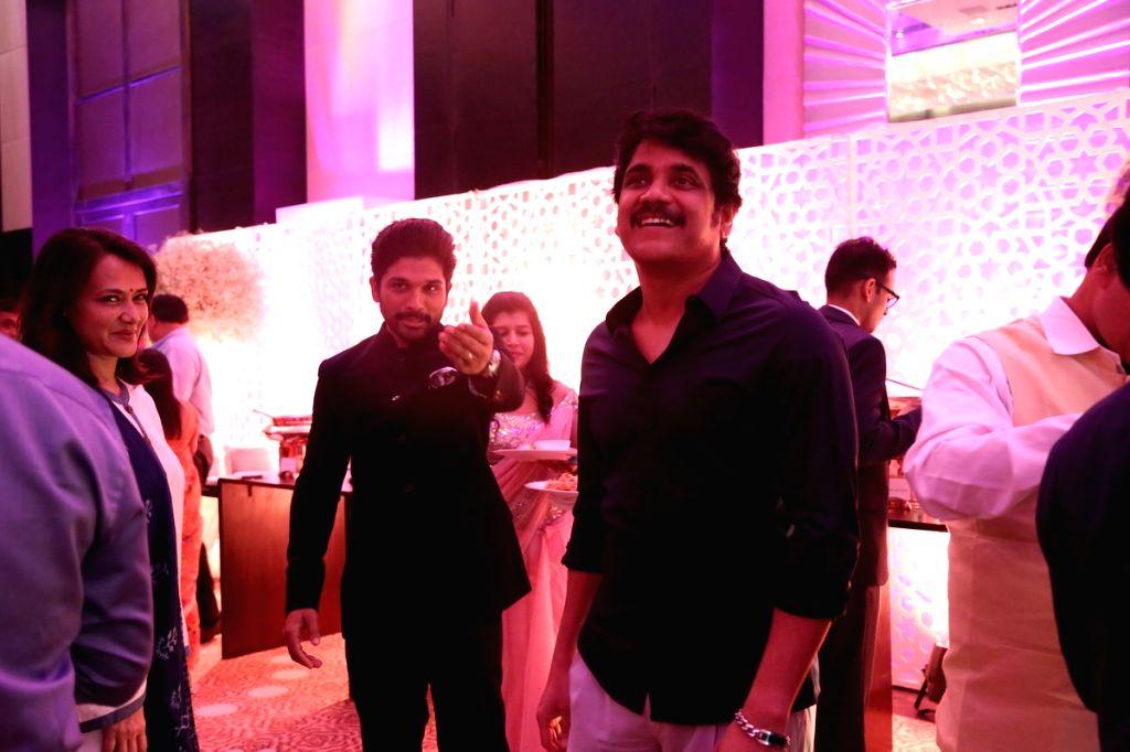 Actor Alllu Arjun, Nagarjuna, Amala at Chiranjeevi daughter Srija Wedding Reception. - Alllu Arjun