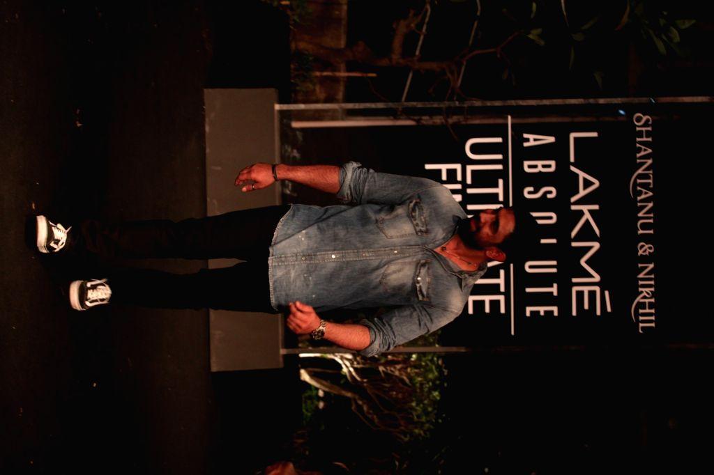 Actor Amit Sadh at Lakme Fashion Week (LFW) Summer/Resort 2019 in Mumbai, on Feb 3, 2019. - Amit Sadh