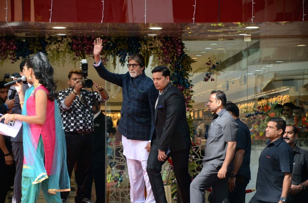 Actor Amitabh Bachchan during the inauguration of Kalyan Jewellers Flagship outlet in Mumbai on Nov 3, 2018. - Amitabh Bachchan