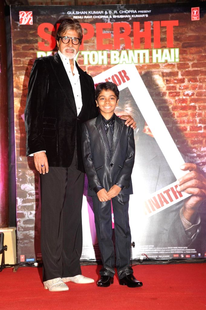 Actor Amitabh Bachchan with child actor Parth Bhalerao during the success party of movie Bhootnath Returns in Mumbai on April 16, 2014. - Amitabh Bachchan
