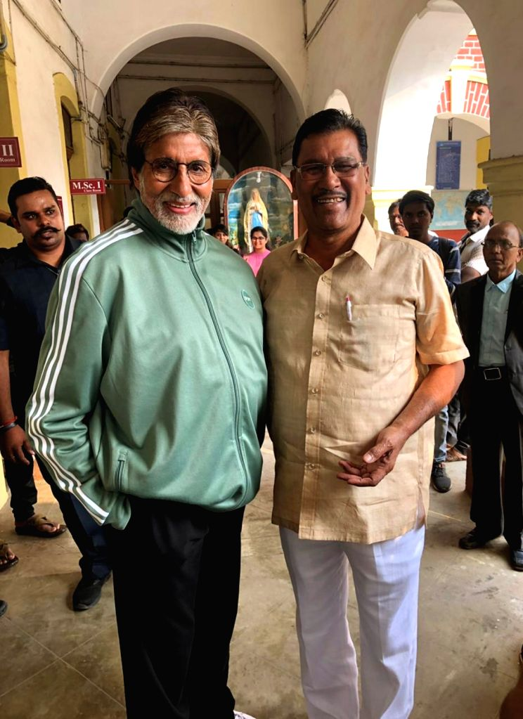 Actor Amitabh Bachchan with Prof Vijay Barse who pioneered the concept of slum soccer at the latter's residence in Nagpur on Dec 12, 2018. - Amitabh Bachchan