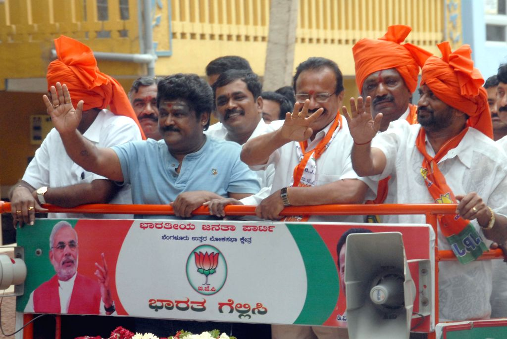 Actor and BJP leader Jaggesh campaigns for party's candidate for 2014 Lok Sabha Election from Bangalore North D. V. Sadananda Gowda in Bangalore on April 10, 2014.