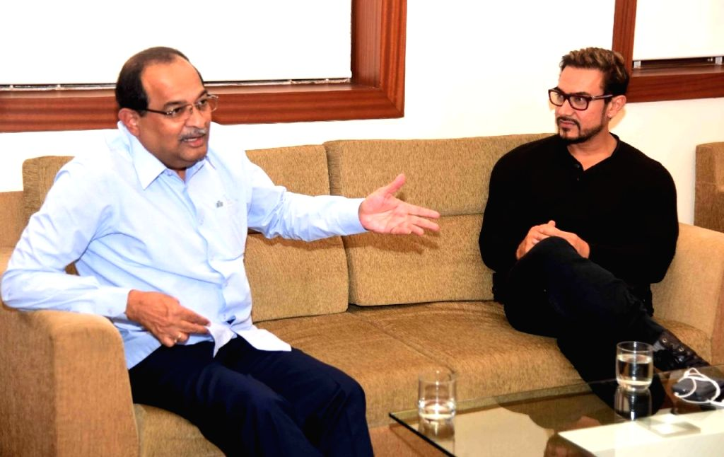 Actor and UNICEF brand ambassador Aamir Khan calls on Maharashtra Leader of Opposition Radhakrishna Vikhe Patil to discuss water conservation and tackling malnutrition in the state in Mumbai ... - Aamir Khan and Radhakrishna Vikhe Patil