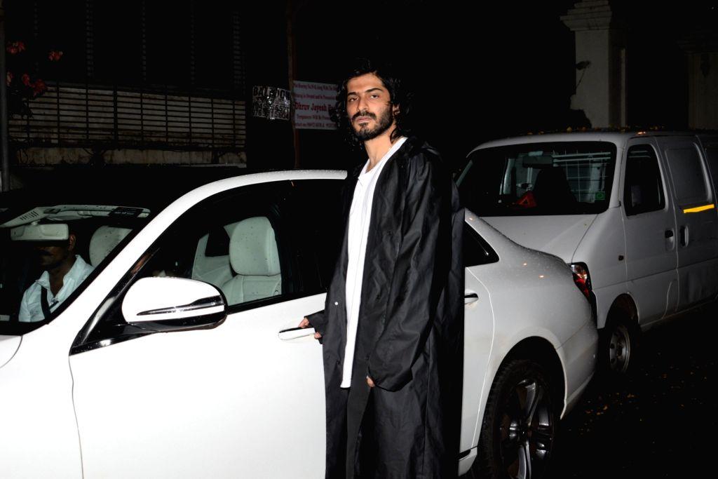 Actor Anil Kapoor's son Harshvardhan Kapoor seen at Juhu in Mumbai on July 25, 2019. - Anil Kapoo and Harshvardhan Kapoor