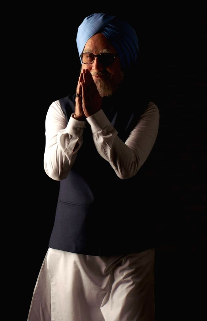 """Actor Anupam Kher as former Prime Minister Manmohan Singh in """"The Accidental Prime Minister"""". - Anupam Kher and Manmohan Singh"""