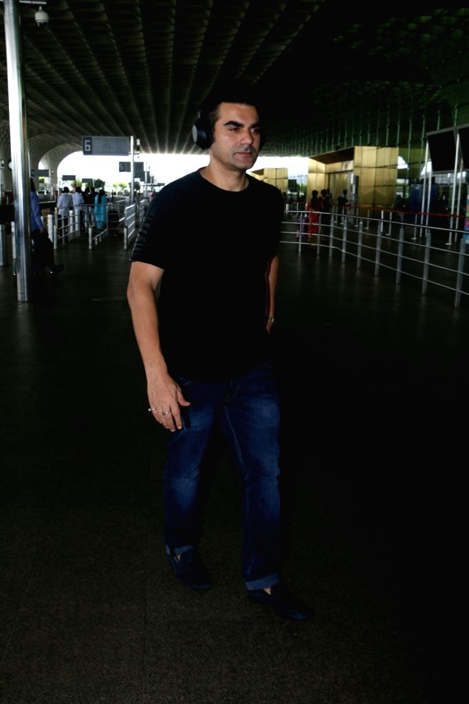Actor Arbaaz Khan spotted at Chhatrapati Shivaji Maharaj International airport in Mumbai on Aug 12, 2017. - Arbaaz Khan