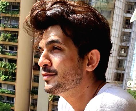 Actor Arjun Bijlani gave an honest answer to a fan who asked him why he never replied to her posts on Instagram. - Arjun Bijlani