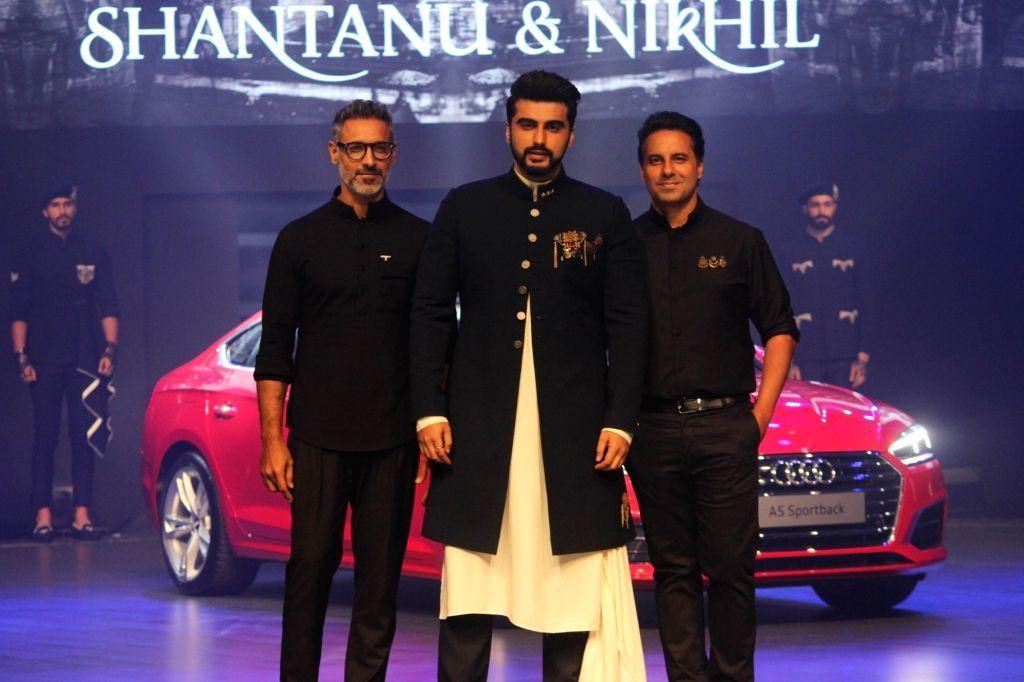 "Actor Arjun Kapoor ,Fashion Designers Shantanu and Nikhil at red carpet of ""Luxury & Fashion As Hello! & Audi"" in Mumbai on Oct 5, 2017. - Arjun Kapoor"