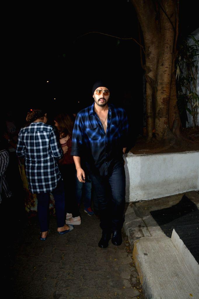 Actor Arjun Kapoor seen at Mumbai's Bandra, on Feb 5, 2019. - Arjun Kapoor
