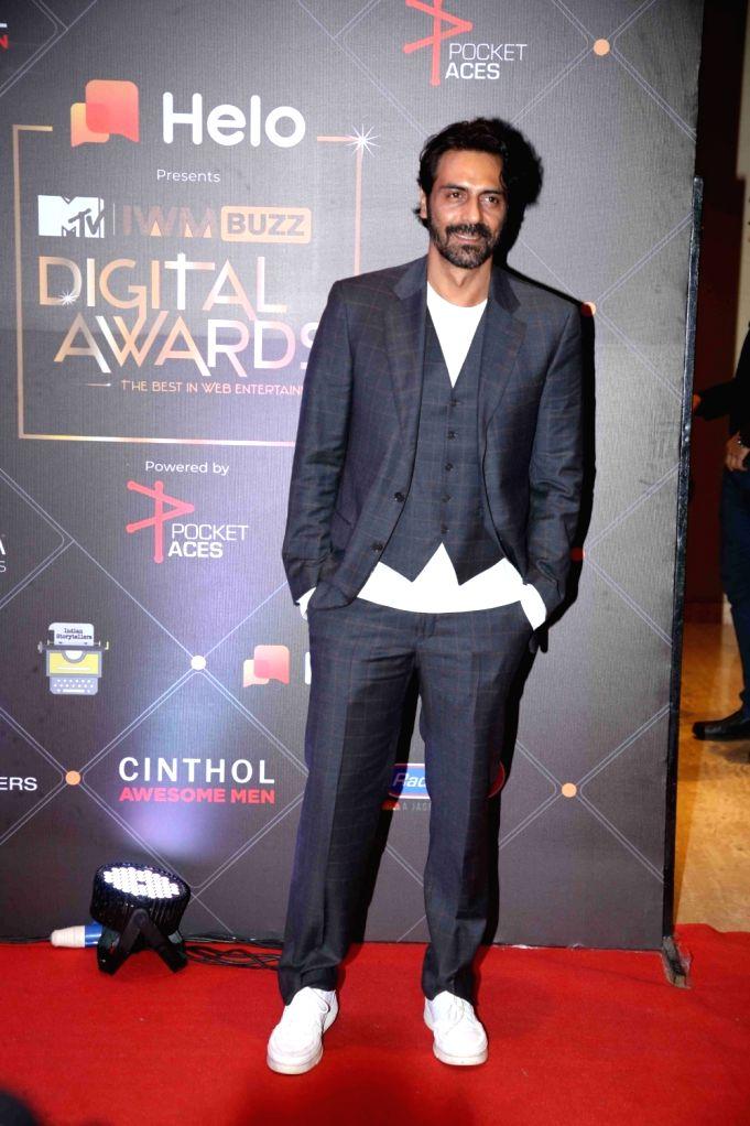 Actor Arjun Rampal at the Red Carpet of MTV - IWMBuzz Digital Awards 2019 in Mumbai on Nov 12, 2019. - Arjun Rampal