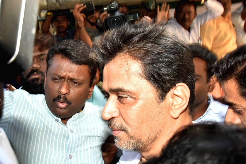 Actor Arjun Sarja arrives to appear before Bengaluru Police for questioning in the sexual harassment case filed against him by Kannada film actress Sruthi Hariharan in Bengaluru on Nov 5, ... - Arjun Sarja