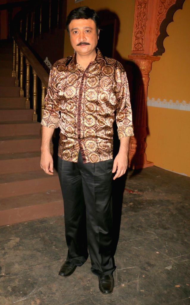 "Actor Avinash Sahijawani during the on location shoot of film ""Dhappa"", in Mumbai on July 3, 2017. - Avinash Sahijawani"