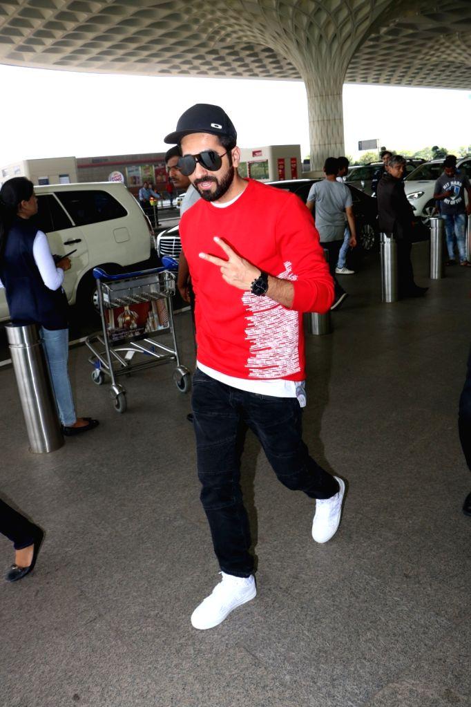 Actor Ayushmann Khurrana seen at Chhatrapati Shivaji Maharaj International airport in Mumbai. - Ayushmann Khurrana