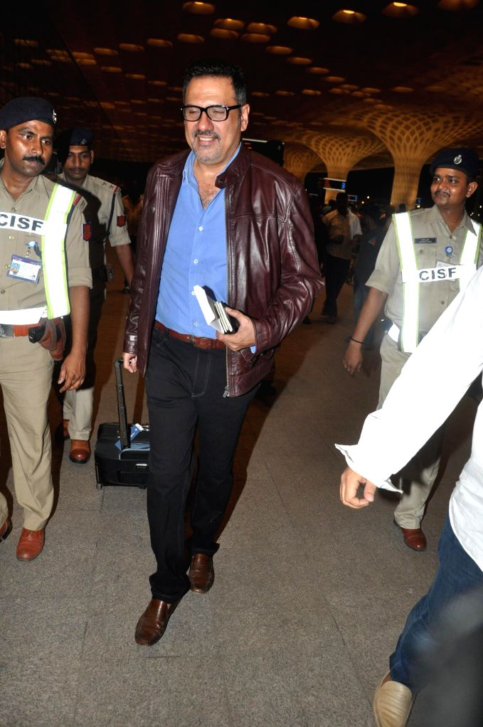 Actor Boman Irani at the Terminal 2 of the Chhatrapati Shivaji International Airport, in Mumbai, on April 23, 2014. The Bollywood actor left to attend the International Indian Film Academy (IIFA) ... - Boman Irani