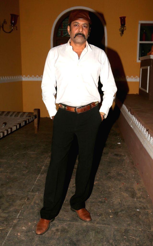 "Actor Deep Raj Rana during the on location shoot of film ""Dhappa"", in Mumbai on July 3, 2017. - Deep Raj Rana"