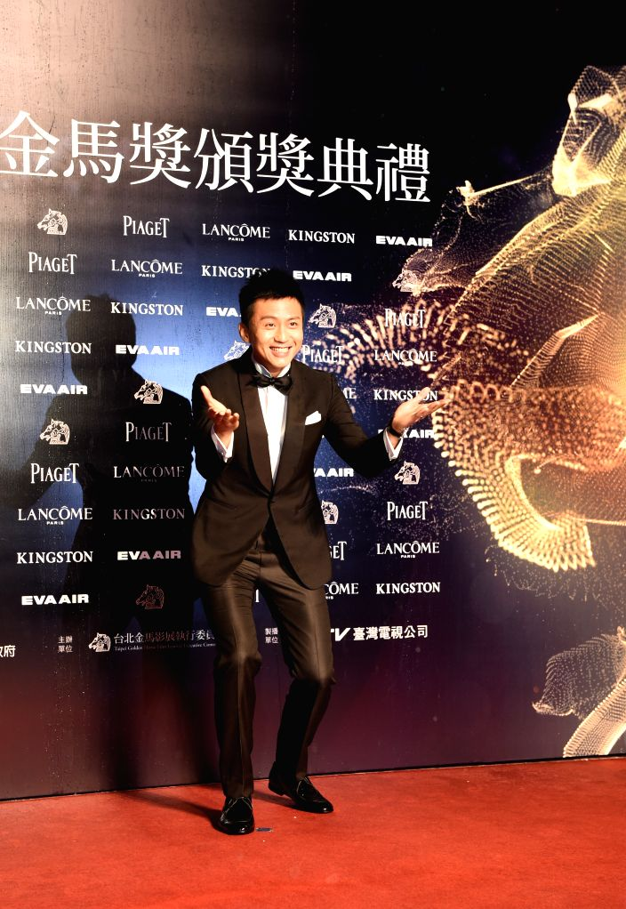 Actor Deng Chao arrives for the 52nd Golden Horse Awards in Taipei, southeast China's Taiwan, Nov. 21, 2015. The awarding ceremony of the 52nd Golden Horse Awards ... - Deng Chao