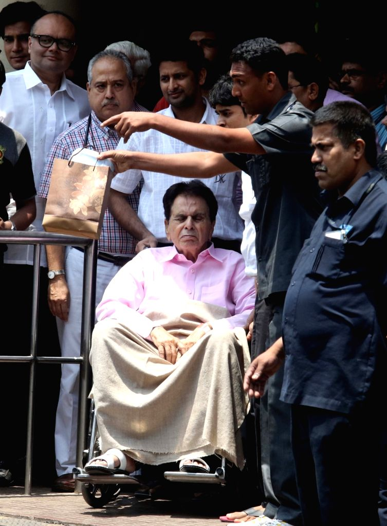 Actor Dilip Kumar after being discharged from Lilavati Hospital Mumbai, on April 21, 2016. - Dilip Kumar