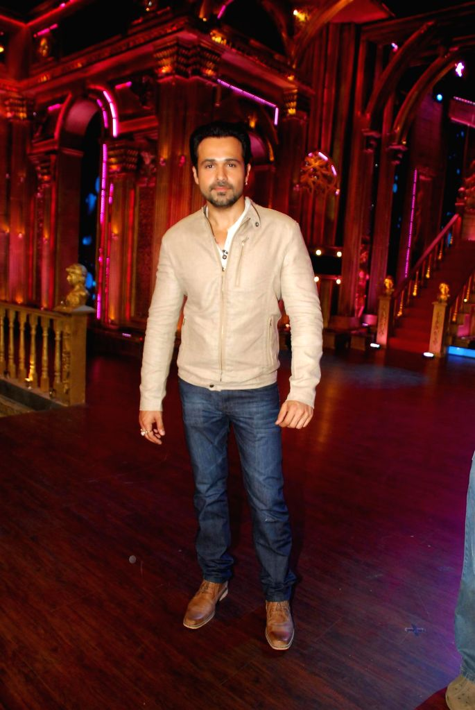 Actor Emraan Hashmi during the Promotion of film Raja Natwarlal on Zee TV show India`s Best Cine Stars Ki Khoj 2014 sets in Mumbai on Aug 11, 2014. - Emraan Hashmi