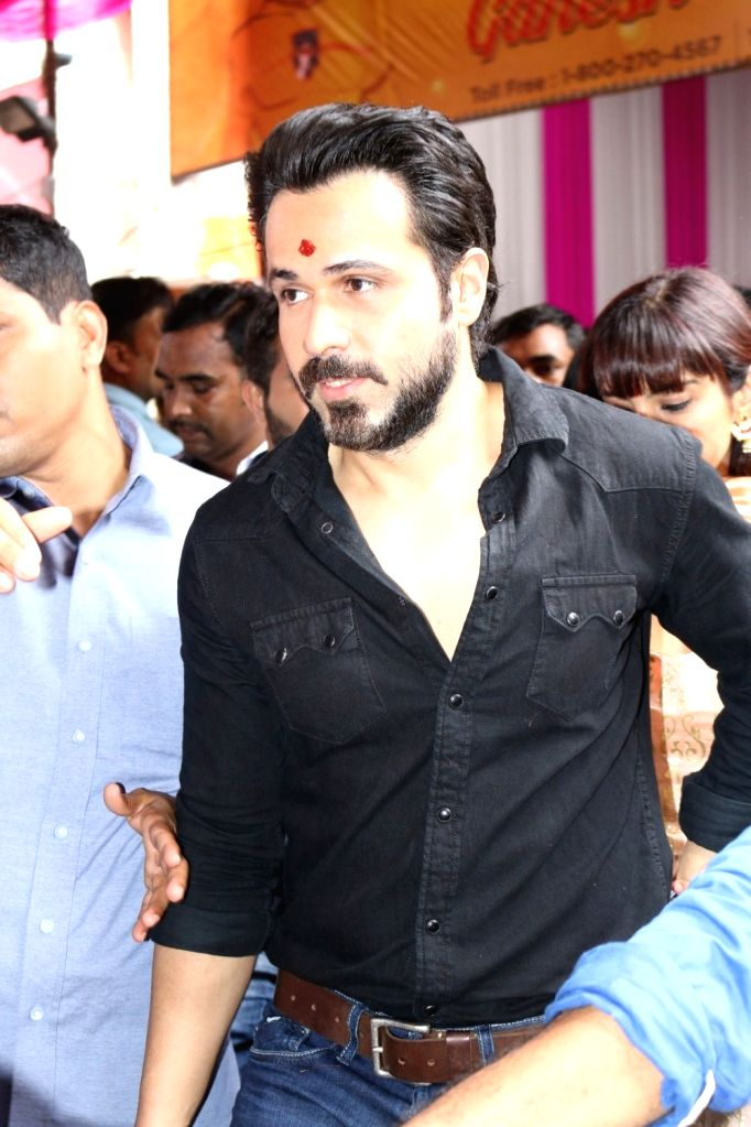 Actor Emraan Hashmi visits Ganesh Galli Ka Raja to offer prayer on the occasion of Ganesh festival in Mumbai on Sept. 11, 2016. - Emraan Hashmi