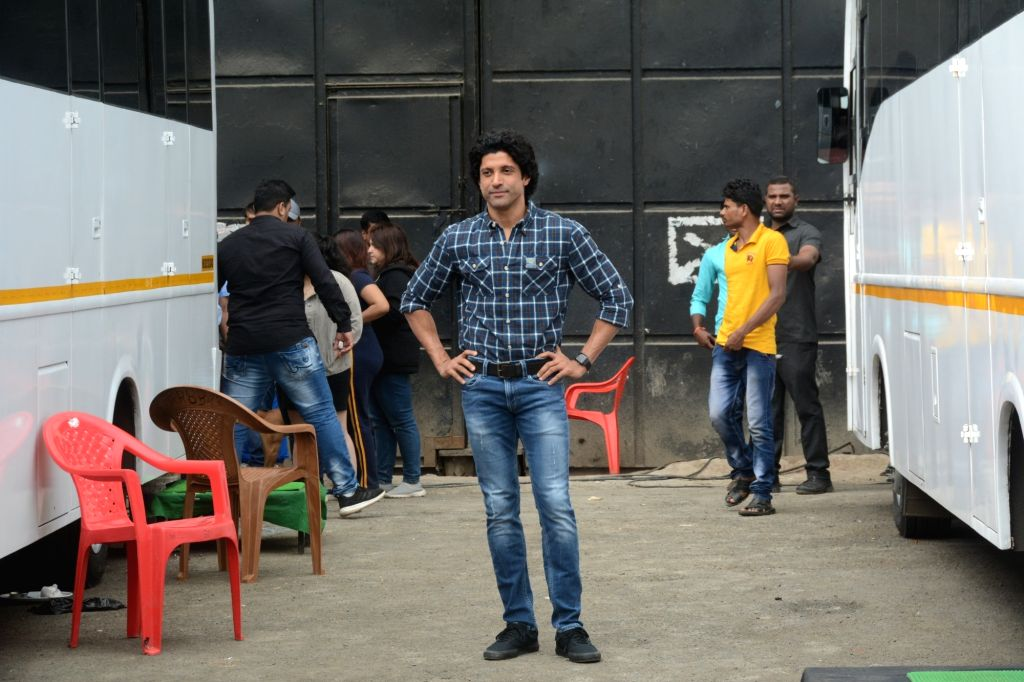 """Actor Farhan Akhtar during the promotions of his upcoming film """"The Sky Is Pink"""" in Mumbai on Sep 24, 2019. - Farhan Akhtar"""