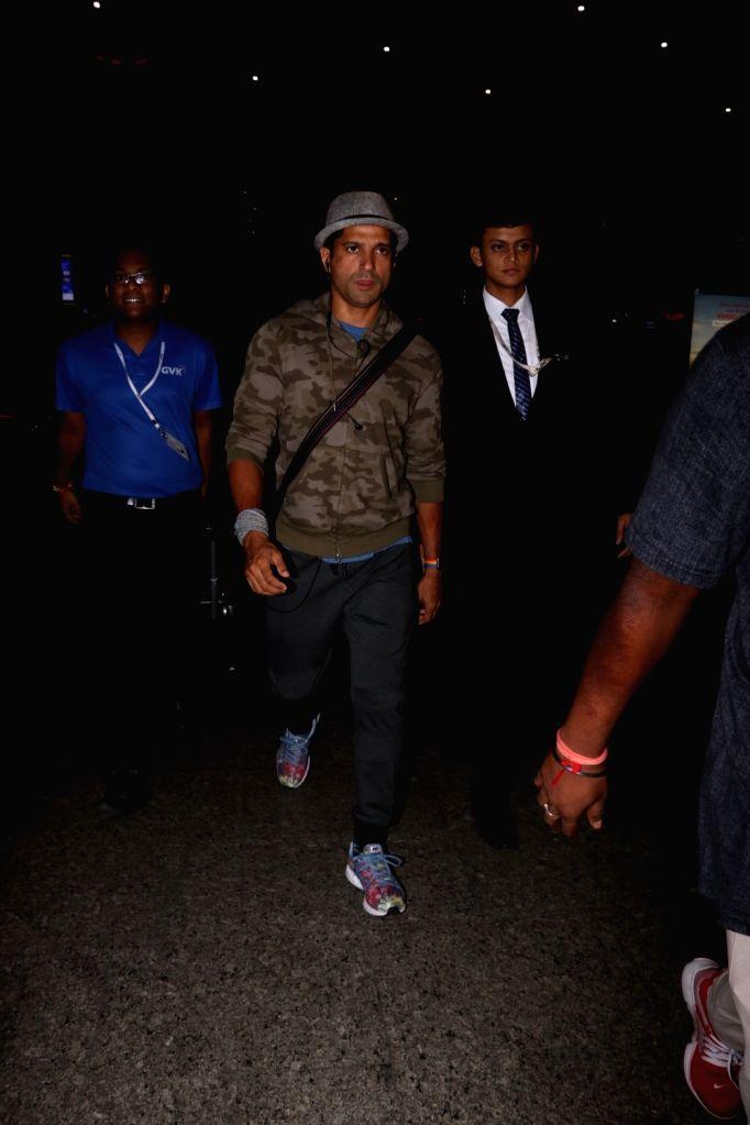 Actor Farhan Akhtar spotted at Chhatrapati Shivaji Maharaj International airport in Mumbai on Aug 12, 2017. - Farhan Akhtar