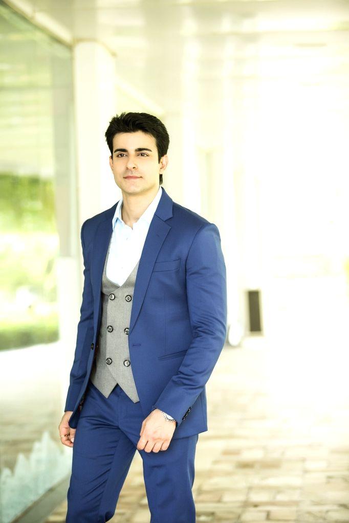 :Actor Gautam Rode.