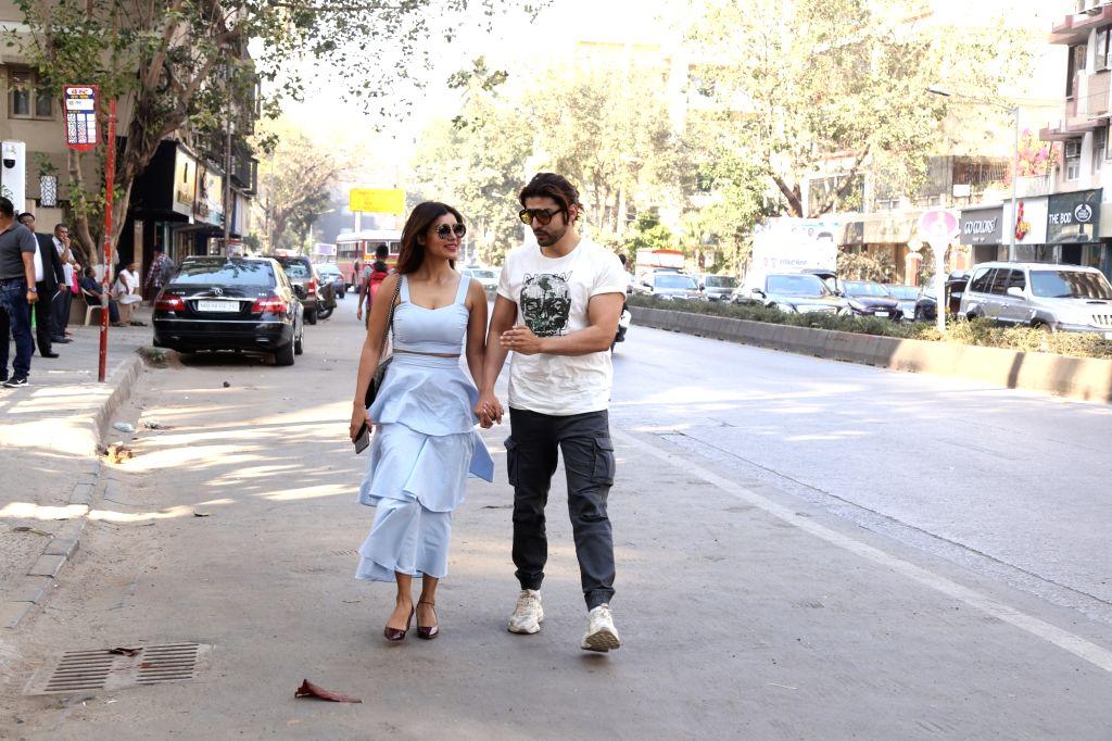 Actor Gurmeet Choudhary and his wife Debina Bonnerjee seen at Mumbai's Juhu on Feb 15, 2019. - Gurmeet Choudhary and Debina Bonnerjee