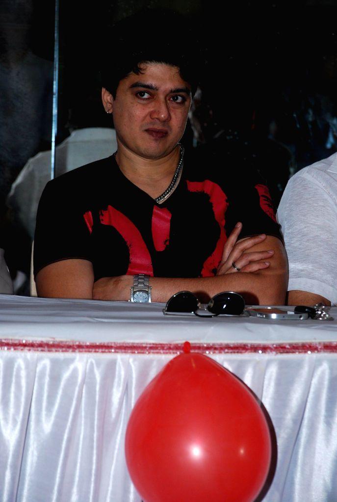 Actor Harish Kumar for AIDS awareness while celebrating World AIDS Day in Mumbai on Dec 1, 2014. - Harish Kumar