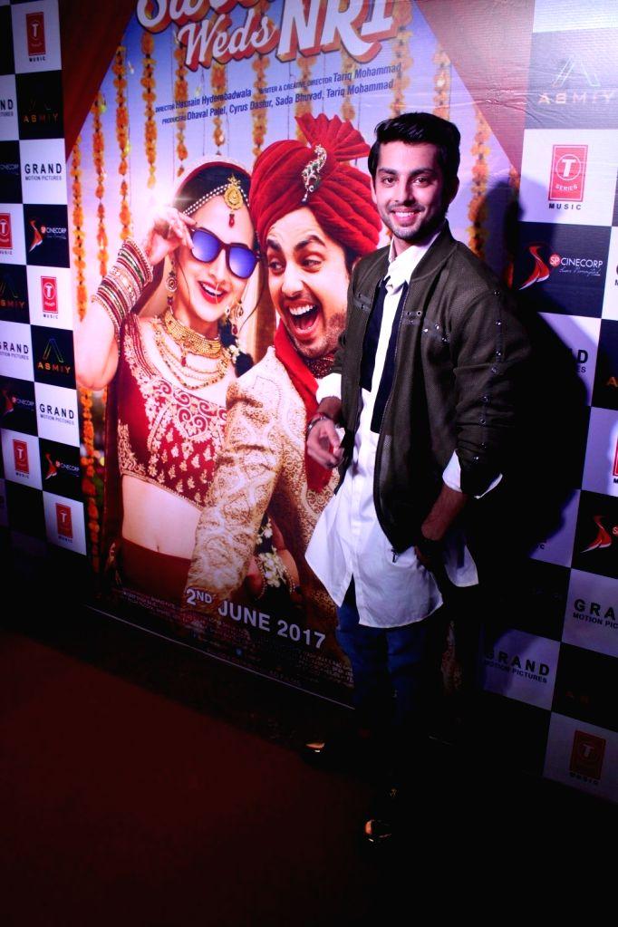 Actor Himansh Kohli during the trailer launch of film Sweetiee Weds NRI in Mumbai on May 5, 2017. - Himansh Kohli