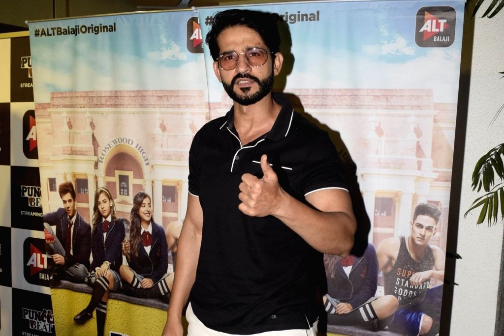 Actor Hiten Tejwani at the Screening of Alt Balaji's new web series Punch Beat in Mumbai on Feb 11, 2019. - Hiten Tejwani