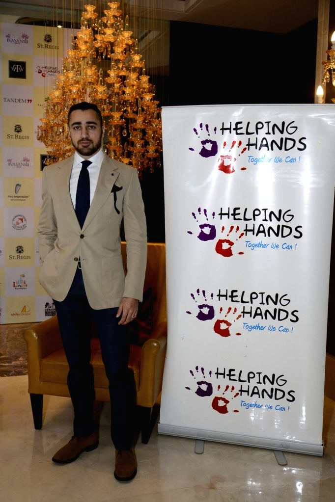 Actor Imran Khan during the Helping Hands Exhibition cum fundraiser event, on Oct 14, 2016. - Imran Khan