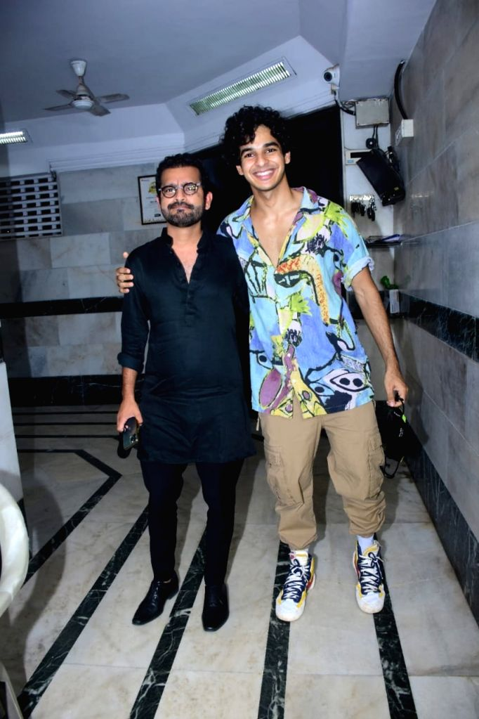 Actor Ishaan Khattar seen at actor Siddhant Chaturvedi's residence in Mumbai's Juhu on Nov 13, 2020. - Ishaan Khattar