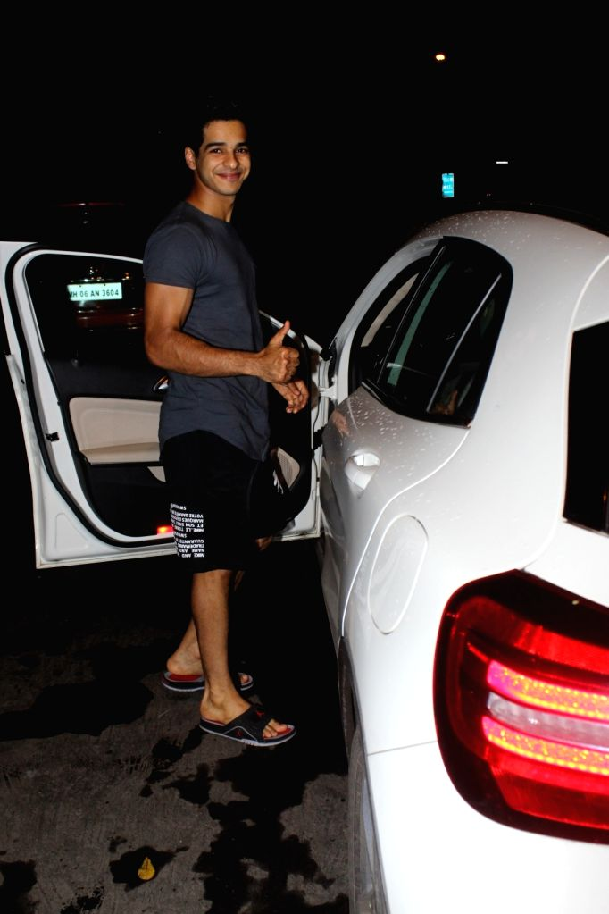 Actor Ishaan Khattar seen at Juhu, in Mumbai on June 18, 2019. - Ishaan Khattar