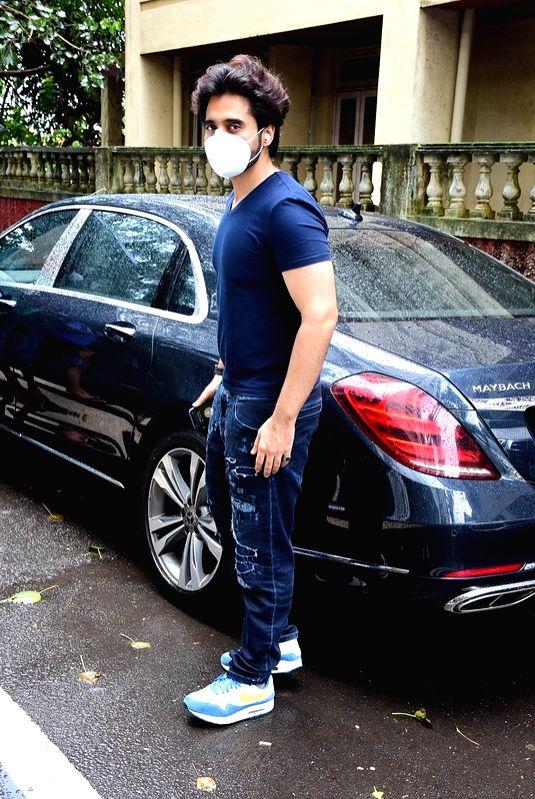 Actor Jackky Bhagnani seen at Bandra in Mumbai on July 11, 2020. - Jackky Bhagnani