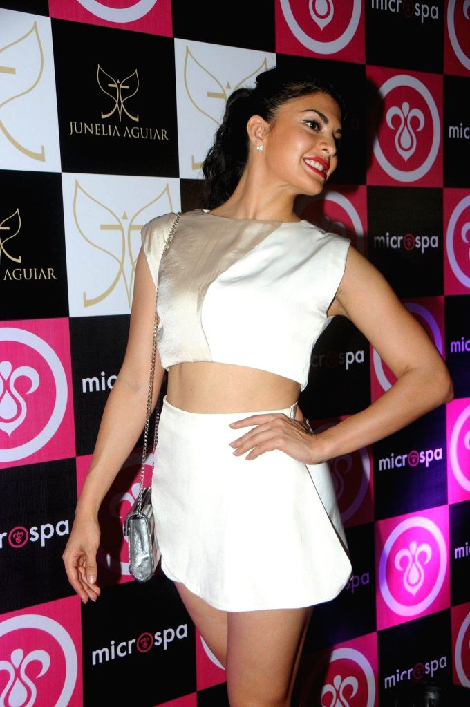 Actor Jacqueline Fernandez during the launch of Microspa, a hair and scalp care treatment spa in Mumbai, on May 7, 2014. - Jacqueline Fernandez