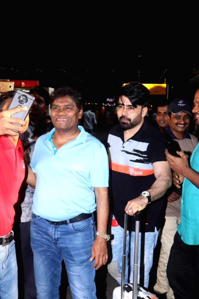 """Actor Johnny Lever and producer Shahroz Ali Khan arrive at Chhatrapati Shivaji International Airport as they returned after wrapping up the shooting of their upcoming film """"Kya Masti Kya ... - Johnny Lever and Shahroz Ali Khan"""